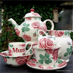 emma bridgewater. Emma Bridgewater  Servies christmas town. Emma Bridgewater Rose & Bee, Toast & Marmelade sale