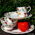 Emma Bridgewater sale. Summer Cherries 2017 2 Tier Cake Stand Emma Bridgewater Servies