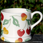 Summer Cherries Baby Mug Emma Bridgewater Servies