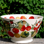 Emma Bridgewater. medium old bowl Tomatoes