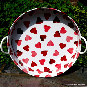 emma bridgewater. pink hearts large tray