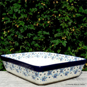 Bunzlau Castle. Square Ovendish deep Blue White Love 1405-2328