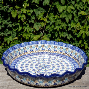 Bunzlau Castle. pie dish with edges Seville 1636-2184